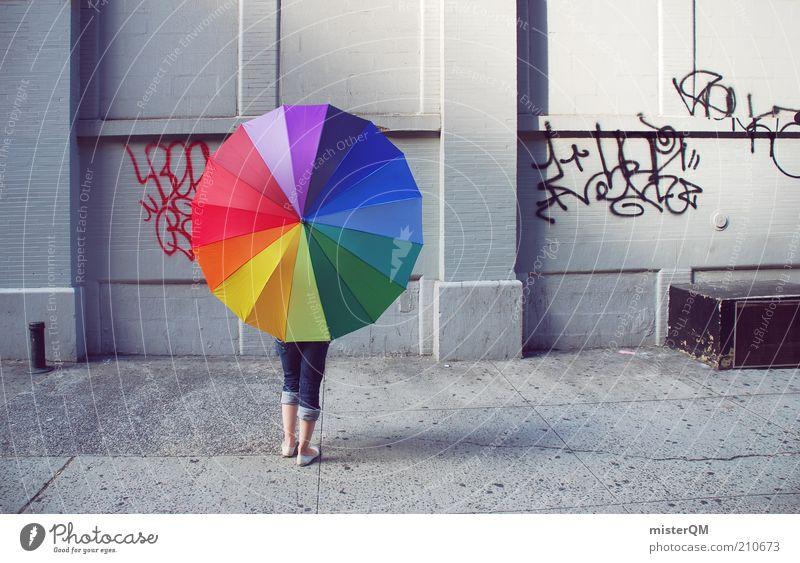 Urban. ästhetisch Design Farbfleck Farbe Farbenspiel mehrfarbig New York City Seitenstraße regenbogenfarben Regenschirm Frau Kreativität Idee modern Kontrast
