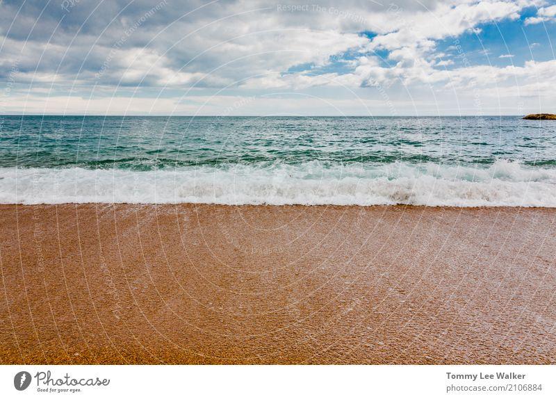 Ruhige See Himmel Natur Ferien & Urlaub & Reisen blau Sommer schön weiß Landschaft Meer Erholung Strand Gefühle Gesundheit Küste Freiheit Design