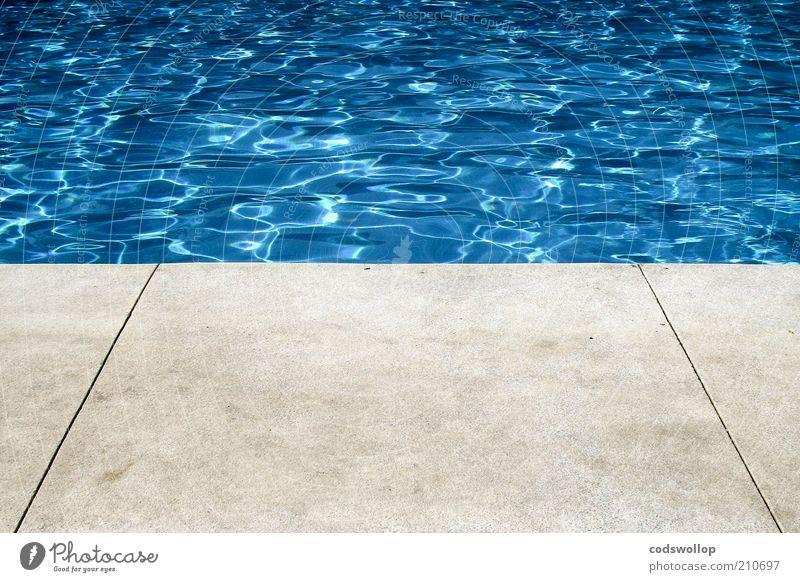photograph of a hollywood swimming pool Lifestyle Sommer Sommerurlaub Sauberkeit Wärme blau grau Schwimmbad Beckenrand Betonboden Wasser Wasseroberfläche 50%