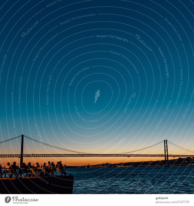 Lissabon / Brücke / Tejo Ferien & Urlaub & Reisen Sommer blau Freude Reisefotografie Architektur Lifestyle Wege & Pfade orange Stimmung Zufriedenheit gold