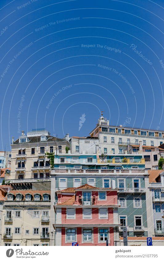lisboa Ferien & Urlaub & Reisen Sommer Stadt Haus Ferne Gebäude Tourismus Erde Fassade Häusliches Leben Ausflug Perspektive Lebensfreude Netzwerk Sommerurlaub