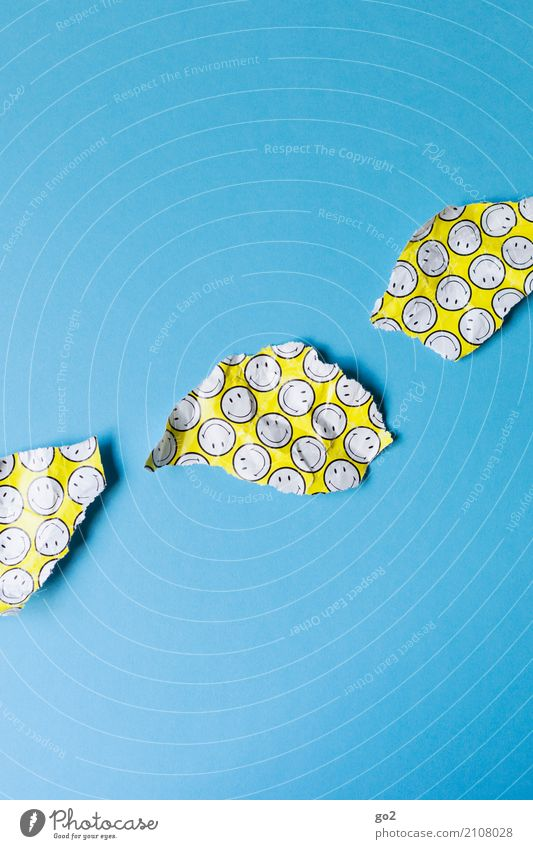zerrissenes Smiley-Geschenkpapier Party Feste & Feiern Geburtstag Papier Dekoration & Verzierung Müll Zeichen kaputt Freude Vorfreude Lebensfreude Überraschung