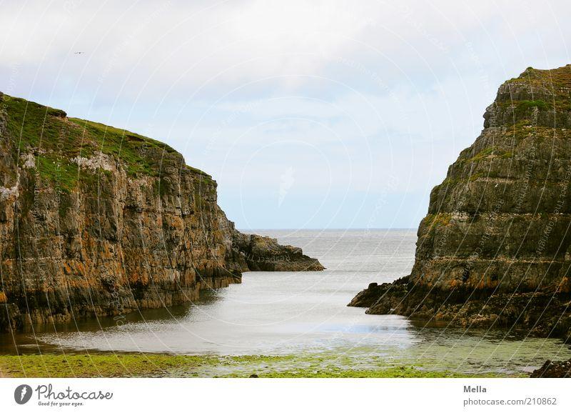 Durchblick Natur Wasser Meer Ferien & Urlaub & Reisen Ferne Freiheit Landschaft Stimmung Küste Umwelt Horizont Felsen Perspektive natürlich Sehnsucht Bucht