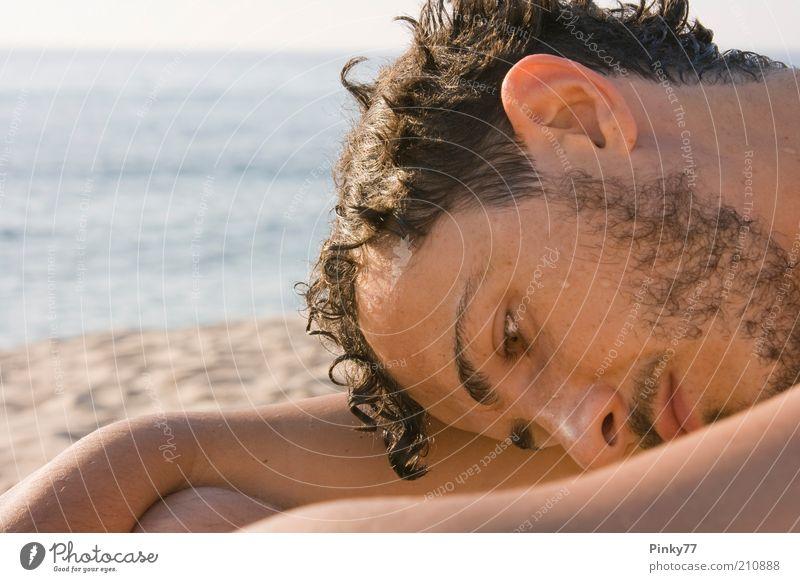 Mensch Himmel Mann Jugendliche blau Wasser schön Ferien & Urlaub & Reisen Sonne Sommer Meer Strand Einsamkeit ruhig Gesicht Erwachsene