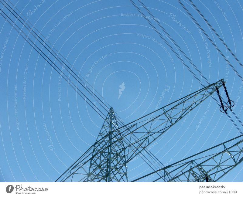 Udo Strommast Elektrizität Industrie Himmel blau Güterverkehr & Logistik Energiewirtschaft electricity Gittermast Kabel Leitung