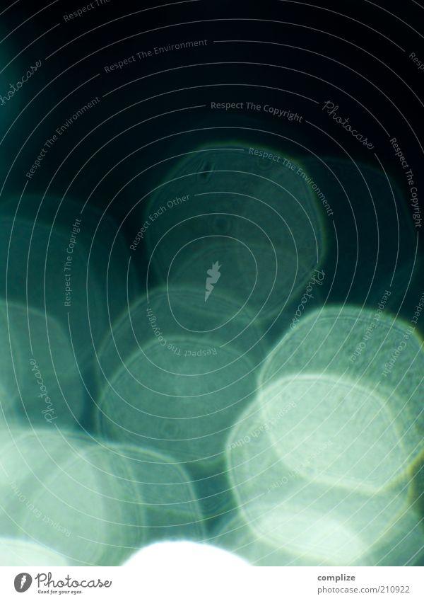 turquoise dots blau Punkt Unschärfe hell-blau blau-grün Lichteffekt Blendenfleck türkis Hintergrundbild abstrakt Farbfoto Experiment Menschenleer Schatten