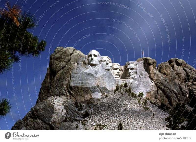 Mount Rushmore Felsen Wahrzeichen Denkmal Ferien & Urlaub & Reisen gigantisch Wachsamkeit Politik & Staat Farbfoto Außenaufnahme Totale