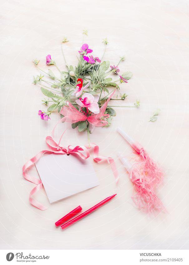 Kleiner rosa Blumenstrauß mit Karte,Schleife und Stift Lifestyle elegant Stil Design Dekoration & Verzierung Feste & Feiern Valentinstag Muttertag Hochzeit