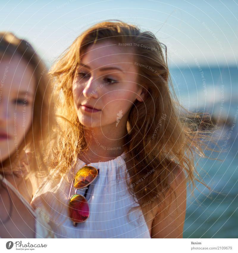 Summergirl schön Leben Wohlgefühl Zufriedenheit Sinnesorgane ruhig Ferien & Urlaub & Reisen Ausflug Sommer Sommerurlaub Sonne Meer Junge Frau Jugendliche