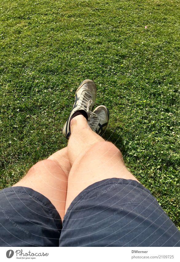 Beine Lifestyle Körper Gesundheit Freizeit & Hobby Ferien & Urlaub & Reisen Freiheit Sommerurlaub Mensch maskulin Mann Erwachsene 1 Umwelt Sonne Schönes Wetter