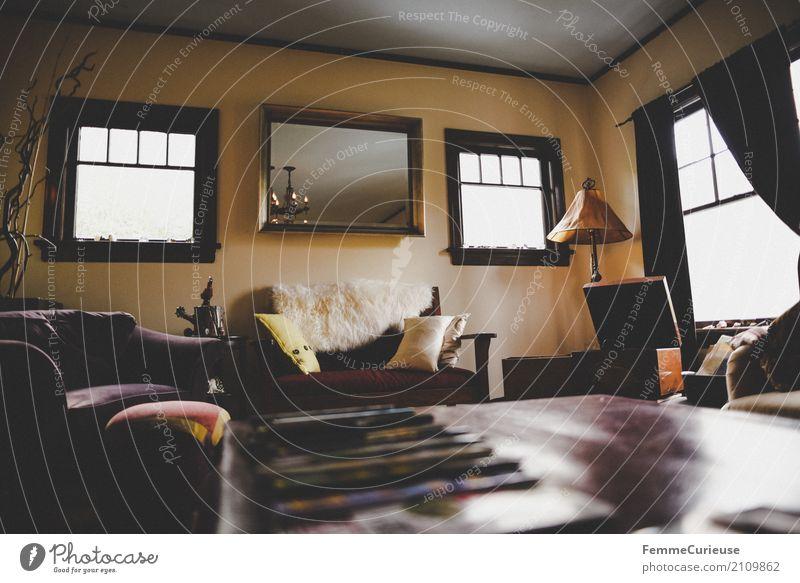 Roadtrip West Coast USA (238) Haus Einfamilienhaus Traumhaus Reichtum Häusliches Leben Amerika Wohnzimmer Tisch Stehlampe Fenster Innenausstattung