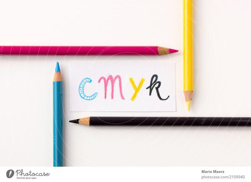 CMYK Design modern mehrfarbig Interesse Kunst drucken Druckfarbe Farbstoff Druckerei Schreibstift Konzept Typographie Buchstaben Farbfoto Studioaufnahme