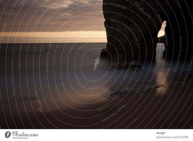 Das Schweigen des Meeres Natur Wasser Himmel Strand Ferien & Urlaub & Reisen ruhig Wolken Ferne Stil Sand Landschaft Stimmung Küste Horizont Felsen