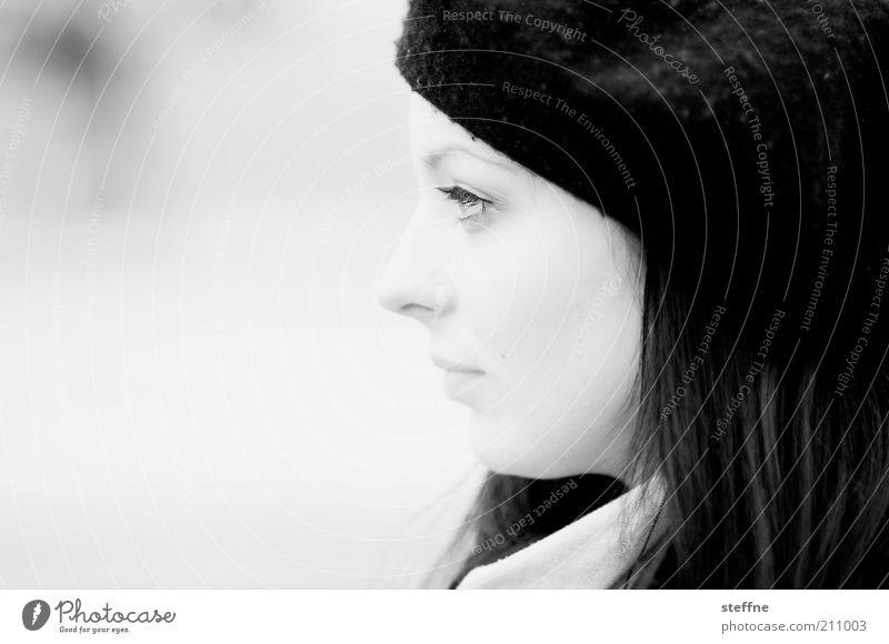 So ein Foto braucht keinen Titel Mensch feminin Junge Frau Jugendliche Kopf 1 18-30 Jahre Erwachsene Mütze Gefühle Warmherzigkeit Romantik schön ästhetisch