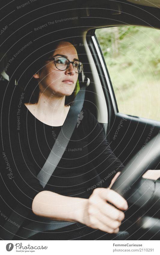 Roadtrip West Coast USA (189) feminin Junge Frau Jugendliche Erwachsene Mensch 18-30 Jahre 30-45 Jahre Verkehr Verkehrsmittel Personenverkehr Straßenverkehr