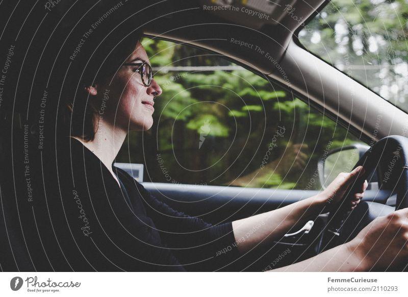 Roadtrip West Coast USA (190) feminin Junge Frau Jugendliche Erwachsene Mensch 18-30 Jahre 30-45 Jahre Verkehr Verkehrsmittel Personenverkehr Straßenverkehr