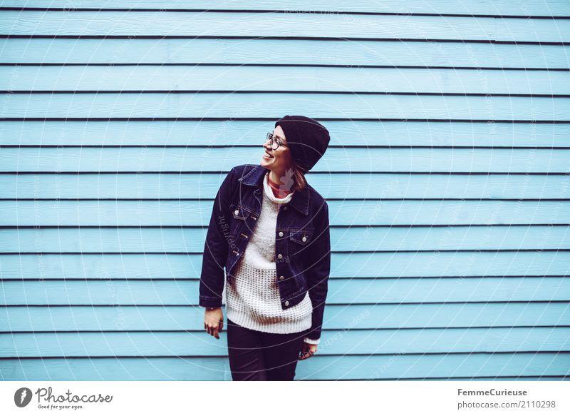 Roadtrip West Coast USA (212) feminin Junge Frau Jugendliche Erwachsene Mensch 18-30 Jahre 30-45 Jahre Freizeit & Hobby Stadt Stadtleben Wollmütze Brille