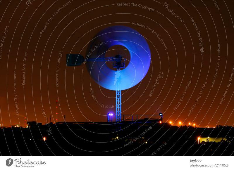 Ruhe der Nacht alt Himmel blau rot schwarz Ferne Deutschland Horizont Industrie Kultur Nachthimmel Vergänglichkeit Ruhrgebiet Skyline Denkmal historisch