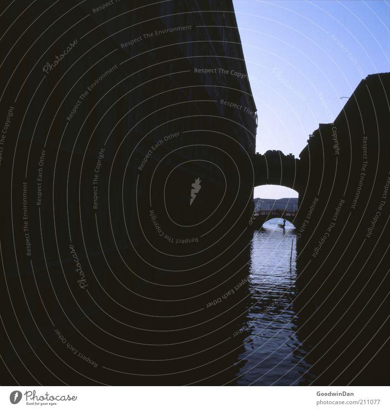 """""""ach, seufz.."""" Wasser schön alt Himmel blau ruhig dunkel Gefühle Gebäude Stimmung Architektur Umwelt Fassade Brücke Bauwerk"""