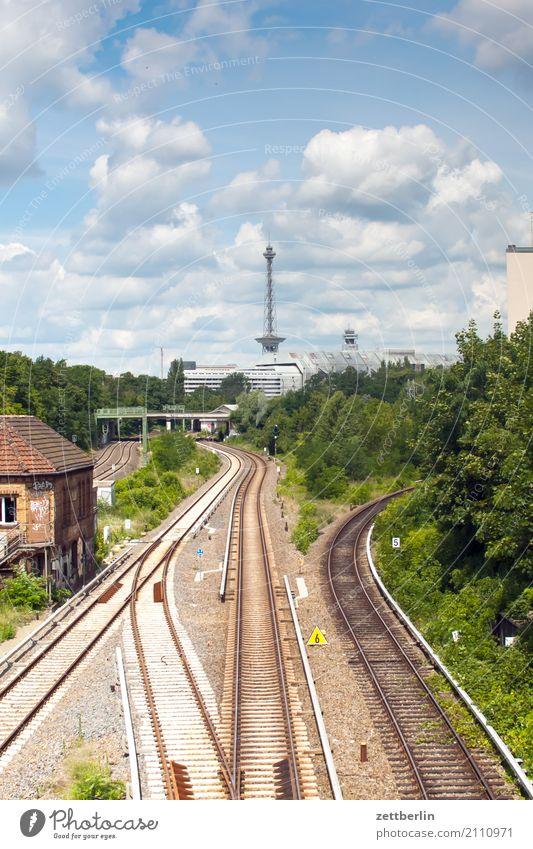 Westberlin Eisenbahn Berlin Kongresszentrum Funkturm Gleise halensee Hauptstadt Himmel Himmel (Jenseits) icc Güterverkehr & Logistik Geldscheine Skyline Sommer