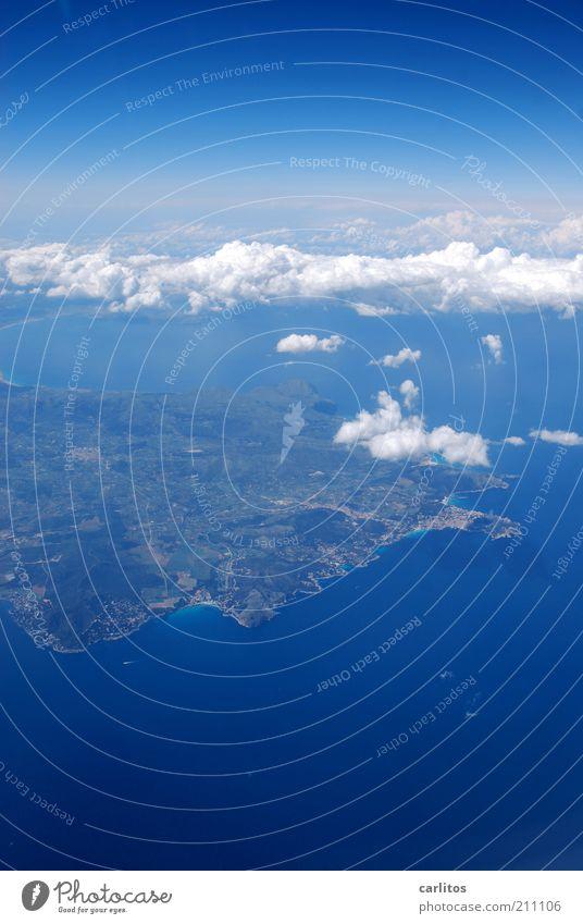 Bitte einen Tomatensaft Landschaft Urelemente Erde Himmel Wolken Sommer Klima Schönes Wetter Küste Meer Insel Luftverkehr Flugzeugausblick