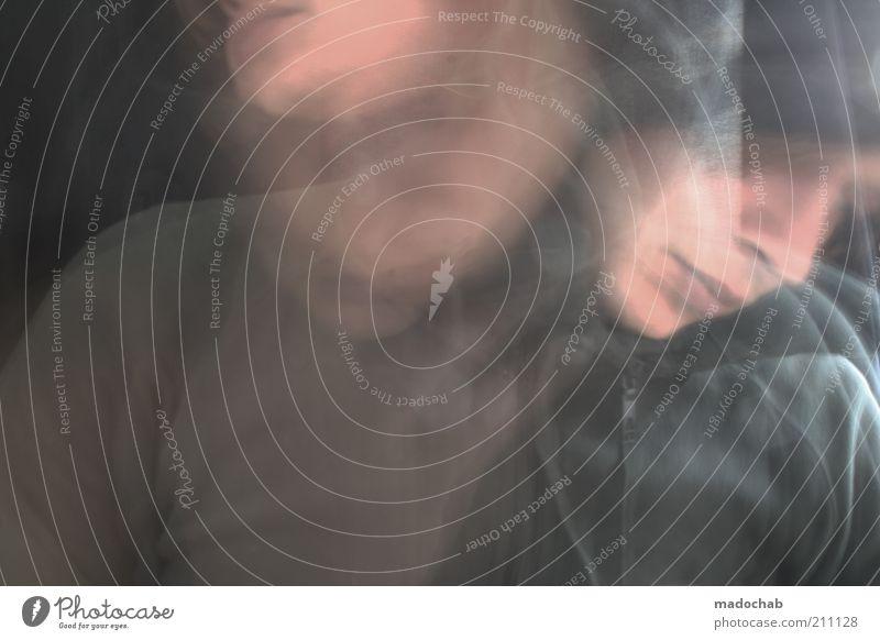 Die Uhr, der Vogel & der Wurm Jugendliche Junger Mann Einsamkeit dunkel kalt Bewegung Lifestyle maskulin verrückt Kreativität Wut Surrealismus Aggression Scham