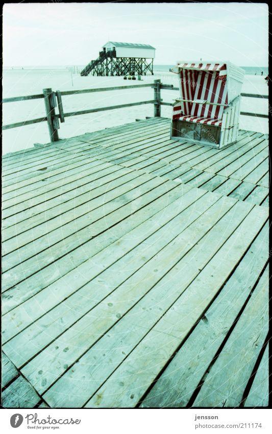 strand.korb blau Strand Ferien & Urlaub & Reisen ruhig Ferne kalt Holz Landschaft Ausflug Tourismus analog Zaun Nordsee Strandkorb Lomografie Meer