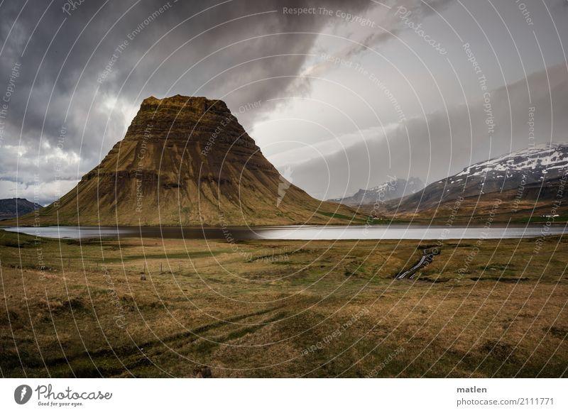 bundt cake Landschaft Pflanze Himmel Wolken Frühling Wetter Schnee Gras Felsen Berge u. Gebirge Vulkan Küste Meer gigantisch braun gelb grau grün Snæfellsnes