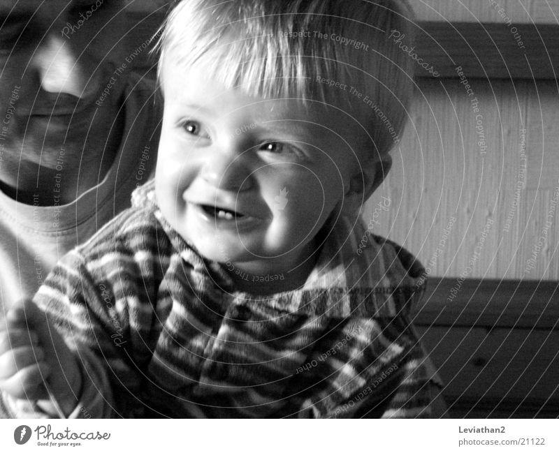 'Essen' II Mensch Kind Freude Ernährung Junge lachen grinsen Kleinkind Gesichtsausdruck Schalen & Schüsseln frech Löffel