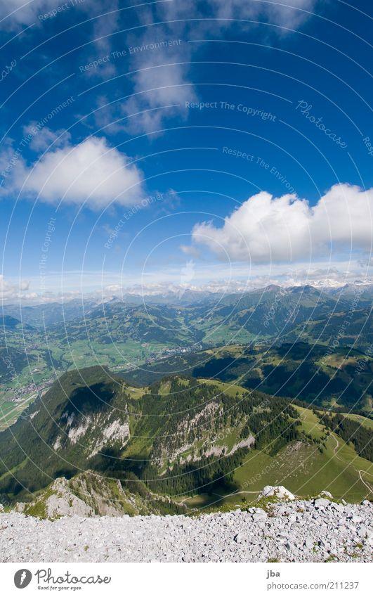 Saanenland Freizeit & Hobby Ferien & Urlaub & Reisen Freiheit Sommer Berge u. Gebirge Natur Landschaft Himmel Wolken Horizont Schönes Wetter Felsen Alpen Rüebli