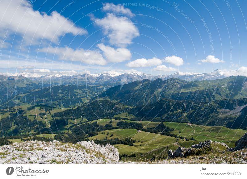 Bergwelt Natur Ferien & Urlaub & Reisen Sommer Wolken ruhig Ferne Erholung Landschaft Berge u. Gebirge Freiheit Stein Horizont Zufriedenheit Felsen Ausflug authentisch