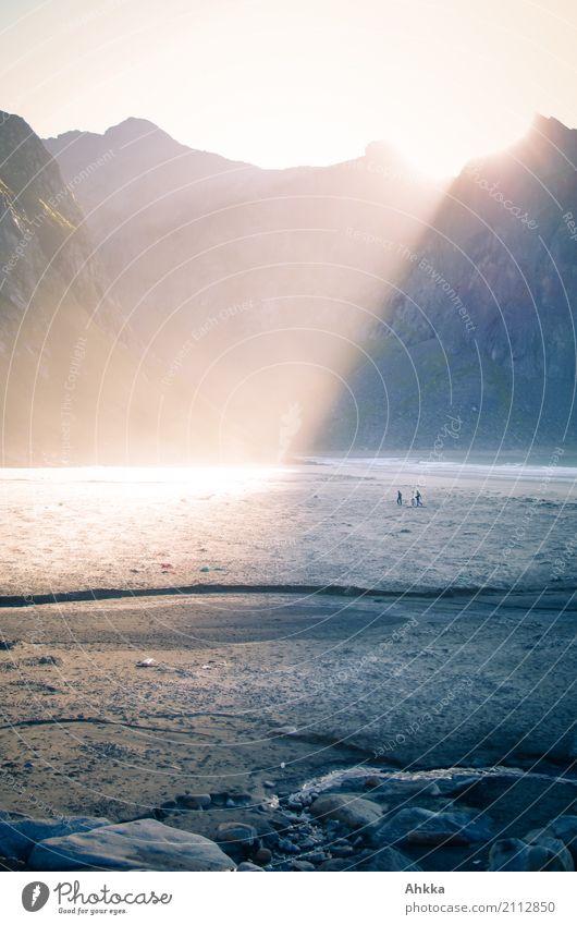 Lichtflut auf den Lofoten harmonisch Zufriedenheit Sinnesorgane Erholung ruhig Meditation Ferien & Urlaub & Reisen Abenteuer Natur Landschaft Urelemente Sonne