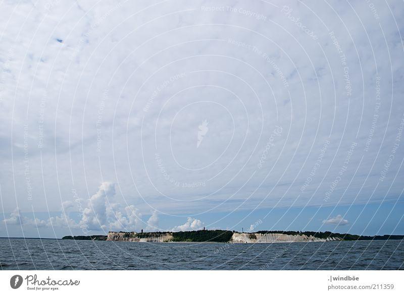 Blick auf Hiddensee Natur Wasser Himmel weiß Meer blau Sommer Ferien & Urlaub & Reisen Wolken Ferne grau Landschaft Luft Küste Umwelt Horizont