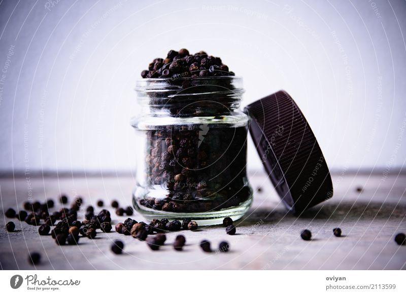 Pfeffer Lebensmittel Kräuter & Gewürze Ernährung Essen Bioprodukte Vegetarische Ernährung Asiatische Küche Flasche Glas dunkel exotisch fest frisch Gesundheit
