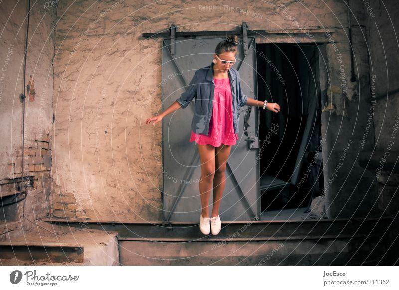 falling down. Lifestyle Stil Freude schön Leben Freiheit Mensch Frau Erwachsene 1 Ruine Gebäude Mauer Wand Mode Hemd Kleid Schmuck Brille Schuhe fallen springen