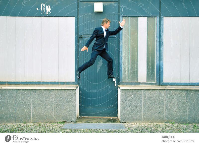 türsteher Beruf Business Erfolg Mensch maskulin Mann Erwachsene Leben 1 30-45 Jahre Tür Anzug rennen Bewegung Coolness Geschäftsleute Geschwindigkeit