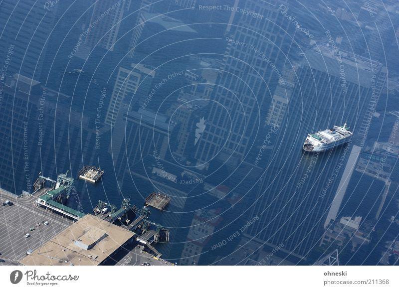 Ein Schiff wird kommen Wasser Meer Ferien & Urlaub & Reisen Küste Wasserfahrzeug Hochhaus Stadt Haus Vogelperspektive Hafen Schifffahrt Spiegelbild Verkehr