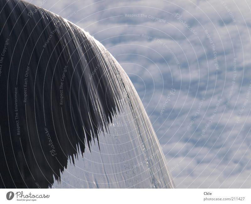 Wasser und Wolken Himmel Wasser ruhig Wolken Zeit Kunst Wetter glänzend Klima Energiewirtschaft Energie nass ästhetisch Vergänglichkeit einzigartig Brunnen