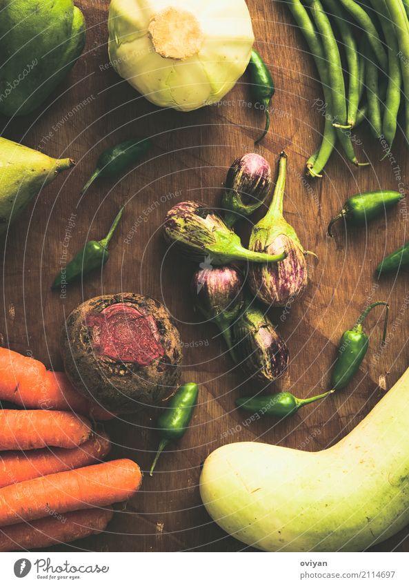 Früchte und Gemüse Essen Gesundheit Lebensmittel Ernährung frisch süß Sauberkeit Kräuter & Gewürze lecker gut Holzbrett Bioprodukte Vegetarische Ernährung Diät