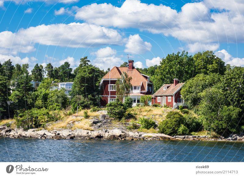 Schärengarten an der schwedischen Ostseeküste vor Stockholm Natur Ferien & Urlaub & Reisen blau grün Baum Landschaft Erholung Haus Wolken Wald Umwelt Küste