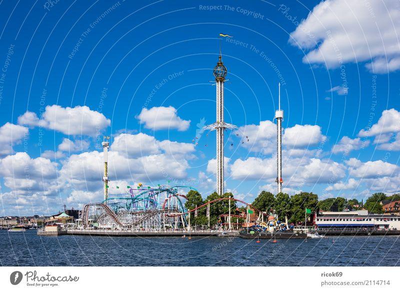 Vergnügungspark Gröna Lund in Stockholm Erholung Ferien & Urlaub & Reisen Tourismus Jahrmarkt Wolken Küste Ostsee Stadt Hauptstadt Turm Architektur