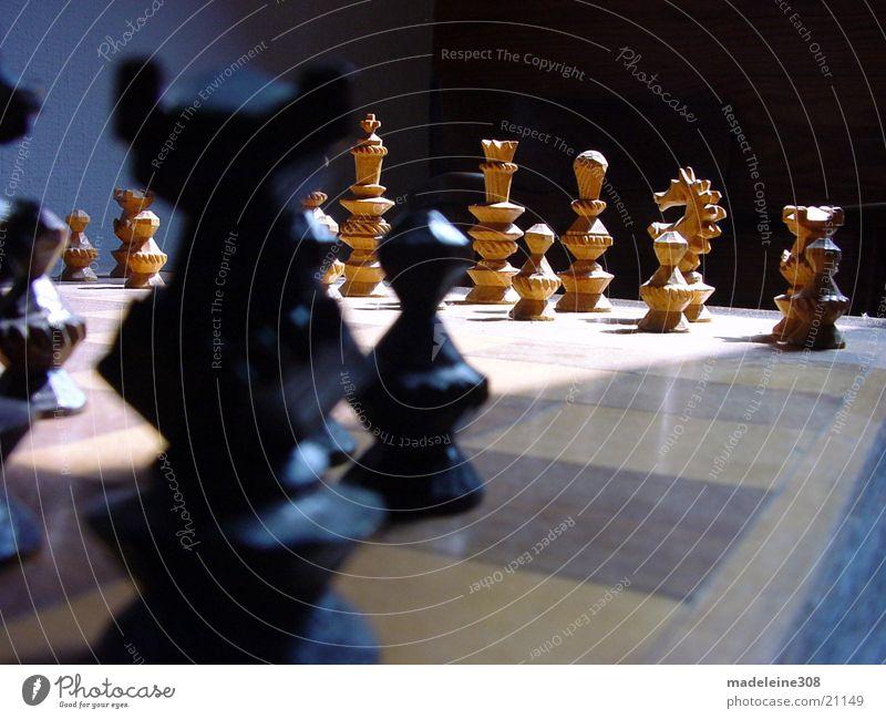 Schach 02 Holz Feld Freizeit & Hobby Eisenbahn planen Turm Pferd Dame kämpfen Brettspiel klug Schachfigur Querformat
