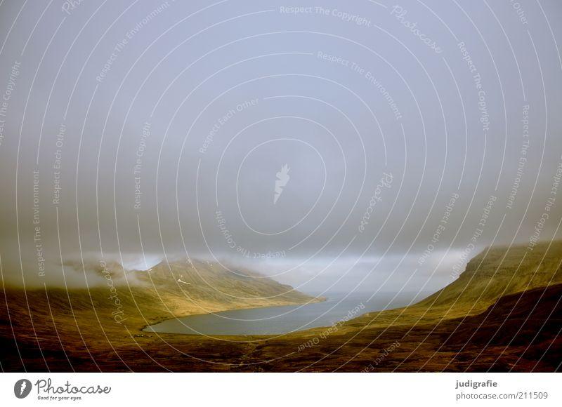 Island Umwelt Natur Landschaft Wasser Himmel Wolken Sonnenlicht Klima Wetter Hügel Felsen Berge u. Gebirge Küste Fjord außergewöhnlich dunkel fantastisch