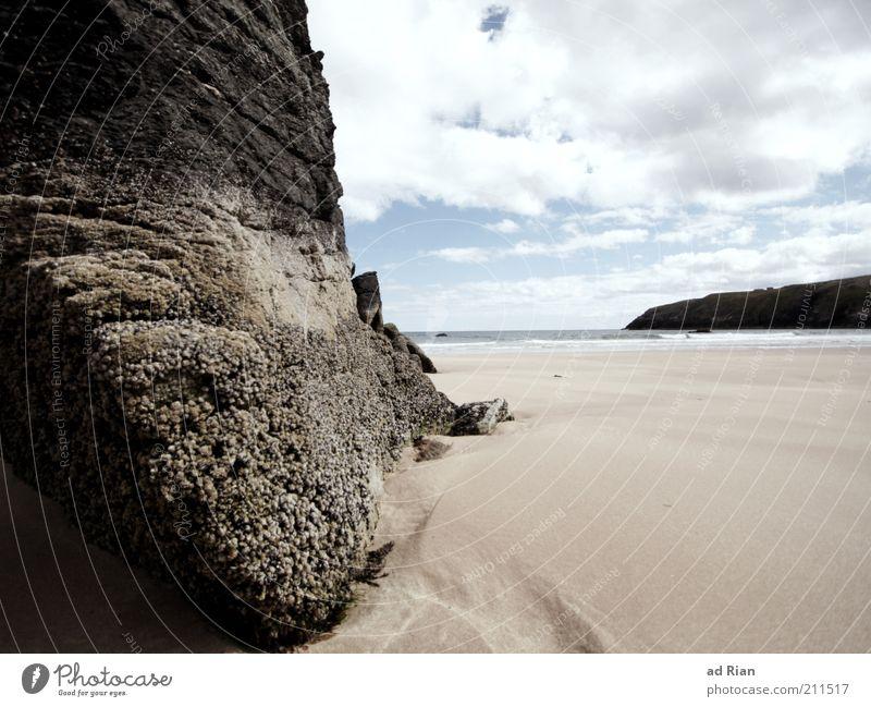 gestrandet Natur Himmel Meer Strand Einsamkeit Stein Sand Küste nass Horizont Felsen Schutz natürlich Bucht Fernweh Schottland