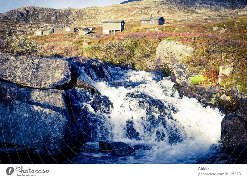 Siedlungsvoraussetzung Ferien & Urlaub & Reisen Ausflug Abenteuer Ferne Berge u. Gebirge Natur Urelemente Wasser Herbst Felsen Fluss Wasserfall Fjäll Norwegen