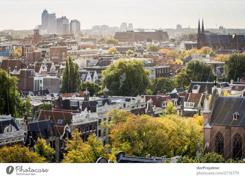 Über den Dächern von Amsterdam Ferien & Urlaub & Reisen Tourismus Ausflug Ferne Freiheit Sightseeing Städtereise Herbst Hafenstadt Haus Hochhaus Kirche