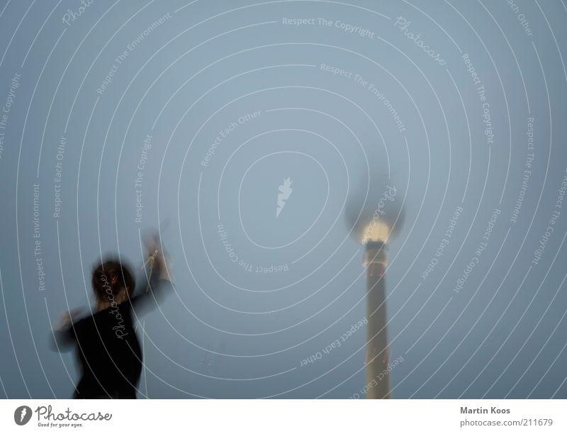 tanz berlin Mensch Berlin träumen Regen Tanzen Nebel Lifestyle Kultur Ziel Wahrzeichen Dynamik Hauptstadt Sehenswürdigkeit Junge Frau Berliner Fernsehturm Identität
