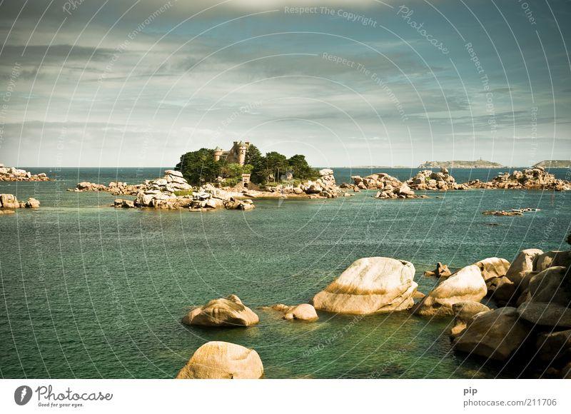 Château de Costaeres Natur Wasser Himmel Baum Felsen Küste Bucht Insel Traumhaus Burg oder Schloss Turm Stein fantastisch grün Einsamkeit elegant Erholung Stil