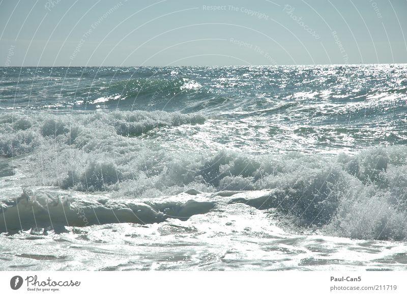 atlantik pur Natur Wasser Himmel Meer blau Sommer Ferien & Urlaub & Reisen Ferne Erholung Freiheit Zufriedenheit Kraft Küste Wellen Umwelt Wassertropfen