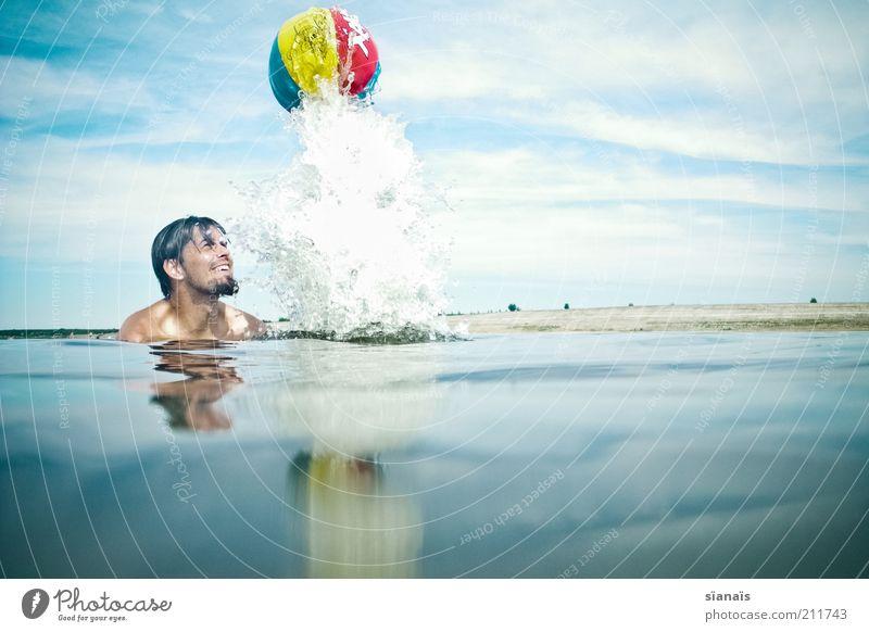 ...two,one,zero,lift off Mensch Himmel Mann Natur blau Wasser Ferien & Urlaub & Reisen Sommer Freude Wolken Erwachsene Umwelt Leben Spielen Glück lachen